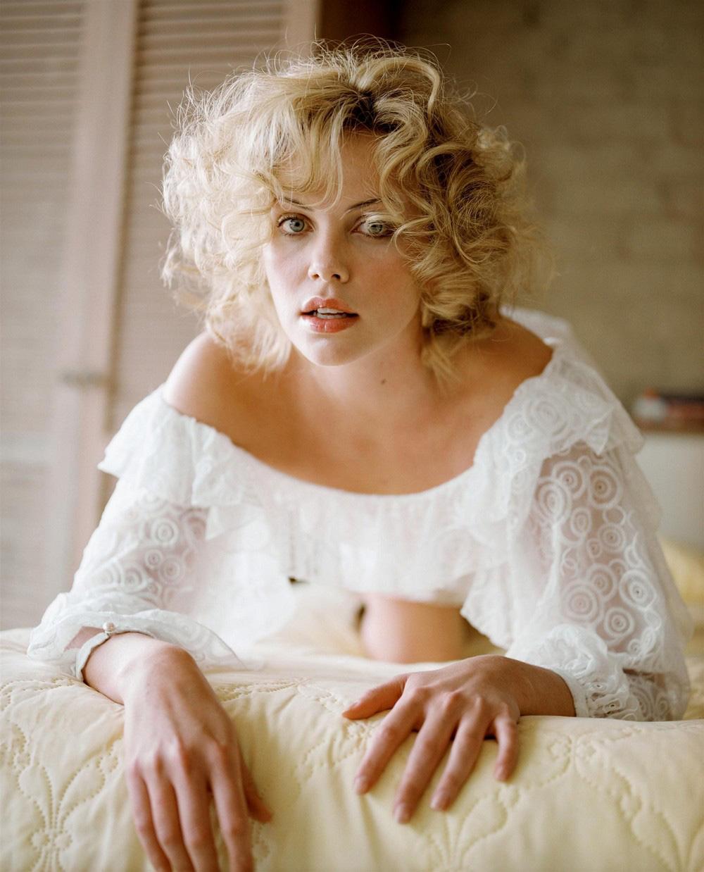 julia campbell actress nude