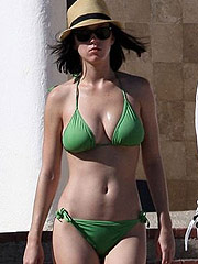 Katy Perry stunning big boobs in green bikini