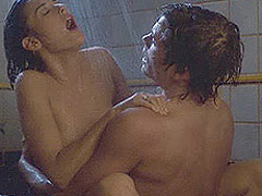 Demi Moore showing her breasts during sex scenes