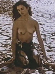Penelope Cruz exposed topless and hard nipples