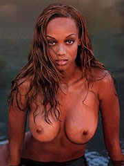 Tyra Banks showing her stunning exposed boobs