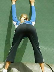 Maria Sharapova naughty upskirts