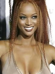 Tyra Banks hot paparazzi bikini shots