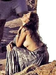 Cameron Diaz bikini and topless pix