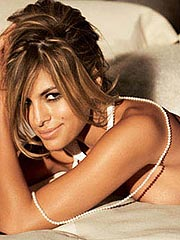 Eva Mendes nice look of her magical naked breasts