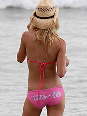 Heidi Montag bubble ass in stunning skimpy bikini