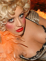 Christina Aguilera showing off her nice cleavage