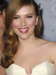 Scarlett Johansson bobs have disappeared