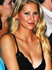 Anna Kournikova sexy and nipple slips