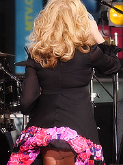 Jessica Simpson big upskirts in public