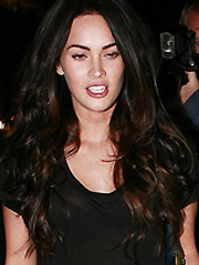 Megan Fox new paparazzi shots in jeans