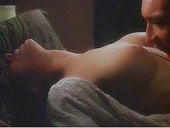 Alyssa Milano reveals her nice breasts