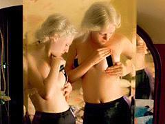 Chloe Sevigny in topless lesian scene