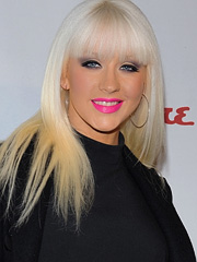 Christina Aguilera does lady gaga look