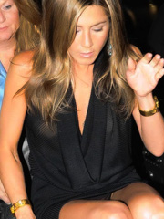 Jennifer Aniston upskirt with panties
