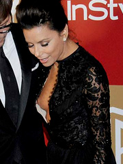 Eva Longoria oops flashes off boob slip