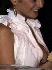 Emmanuelle Chriqui drops killer cleavage