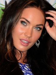 Megan Fox looking her hottest in a tiny skirt