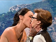 Gal Gadot Lesbo Kiss With Kate McKinnon on 'Saturday Night...