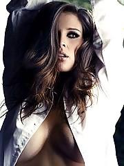 Danielle Lloyd Nude In 2011 calendar