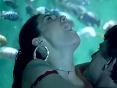 Emmy Rossum Sex Against Large Aquarium In Shameless Series