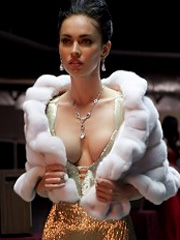 Megan Fox flashes off boobtastic cleavage