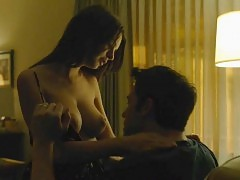 Emily Ratajkowski Nude Making Out Scene From 'Gone Girl'...
