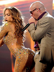 Jennifer Lopez bends over for pitbull at stage
