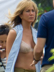 Jennifer Aniston engaged showing off her bra