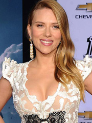 Scarlett Johansson busts out hot cleavage