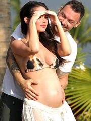 Megan Fox pregnant boobs in a little bikini