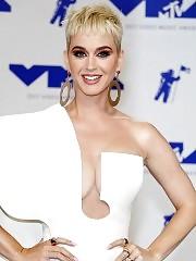 Katy Perry (Orlando Bloom's Girlfriend) Showed Boobs — F...