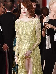 Emma Stone Pussy Slipped – Redhead Actress Oopsies !
