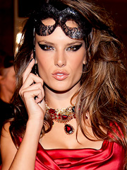Alessandra Ambrosio damn hot in red dress