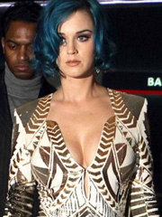 Katy Perry busts out her jiggle cleavage