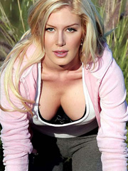 Heidi Montag huge cleavage and new face