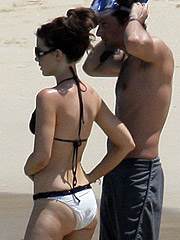 Kate Beckinsale caught in bikini snorkeling