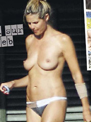 Heidi Klum topless caught with new boyfriend