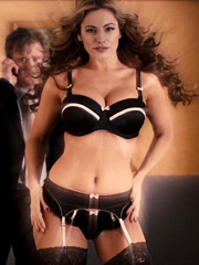 Kelly Brook big breasts in sexy lingerie