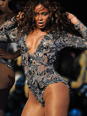Beyonce Knowles and her hot performance