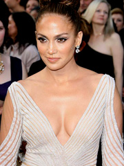 Jennifer Lopez almost flashes her nipples