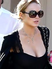 Lindsay Lohan Busty In Public