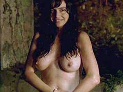 Beatriz Rico nude sex in a bath house