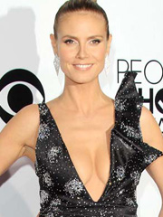 Heidi Klum old supermodel perfect cleavage