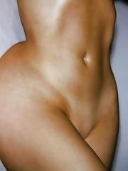 Kim Kardashian Nude & Bikini Photos From Her Vacation