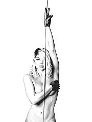 http://scandalplanet.com/fergie-nude-sexy-pics/