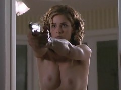 Amanda Peet Nude Scene In The Whole Nine Yards Movie