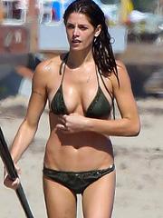 Ashley Greene rocks a sexy little bikini