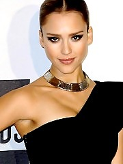 Jessica Alba Hot And Sexy At Premiere