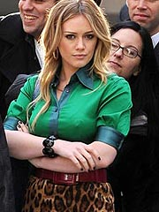Hilary Duff  showing her sexy hard nipples